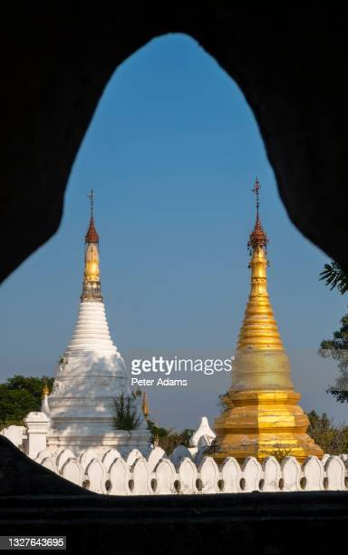 temple complex mandalay, myanmar - peter adams stock pictures, royalty-free photos & images