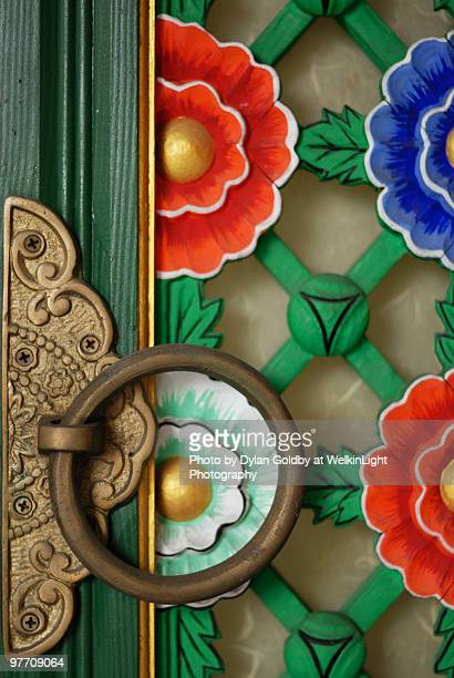 temple door, south korea - korean culture stock pictures, royalty-free photos & images