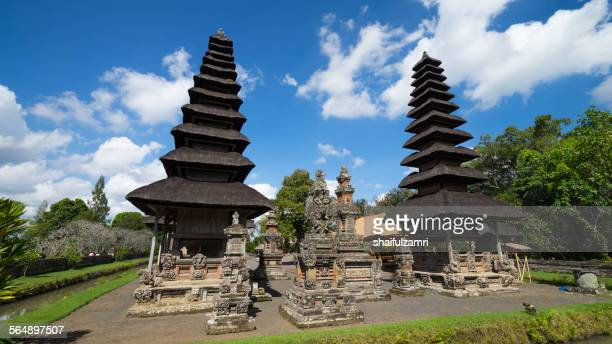 temple in tanah ayun of bali, indonesia - shaifulzamri stock pictures, royalty-free photos & images