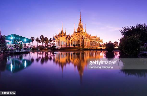 temple in thailand. - sukhothai stockfoto's en -beelden