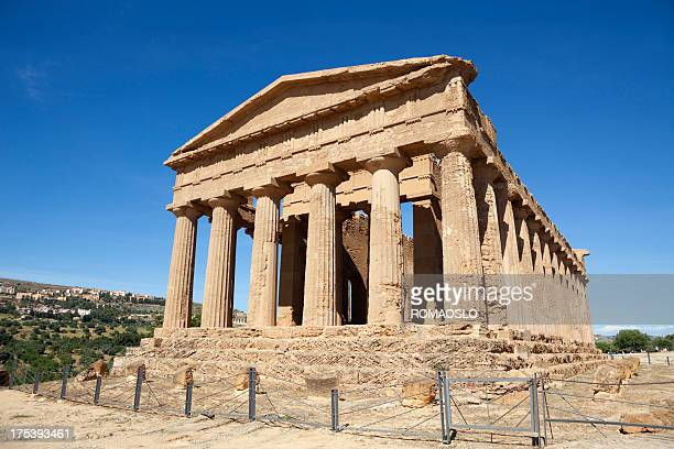 temple of concordia, agrigento sicily italy - agrigento stock pictures, royalty-free photos & images