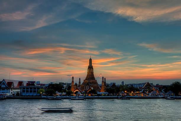 Temple of dawn (Wat Arun) | Bangkok