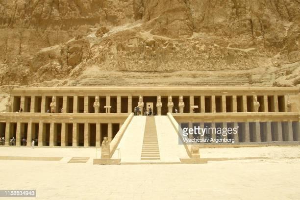 temple of hatshepsut, ancient egypt - argenberg ストックフォトと画像