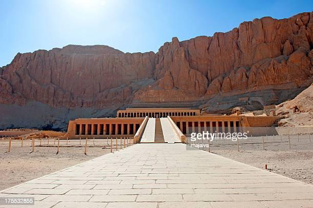 templo de hatshepsut - karnak fotografías e imágenes de stock
