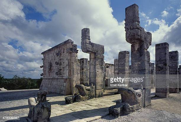 temple of kukulkan in chichen itza, yucatan - archaeology stock pictures, royalty-free photos & images