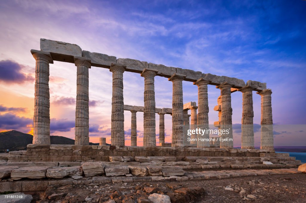 Temple Of Poseidon Against Sky During Sunset : Stock-Foto
