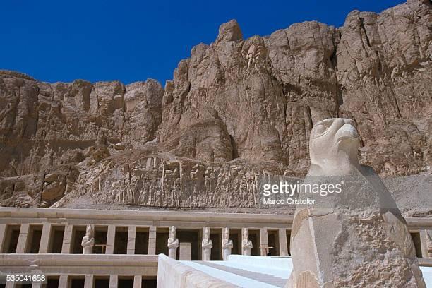 temple of queen hatshepsut - marco cristofori fotografías e imágenes de stock