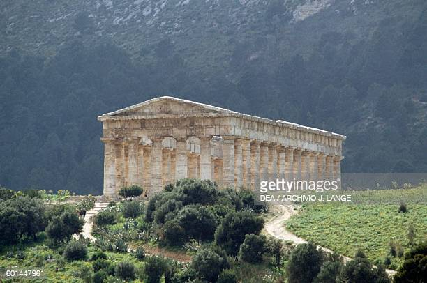 Temple of the ancient city of Segesta Doric order Sicily Italy Greek civilisation Magna Graecia 5th century BC