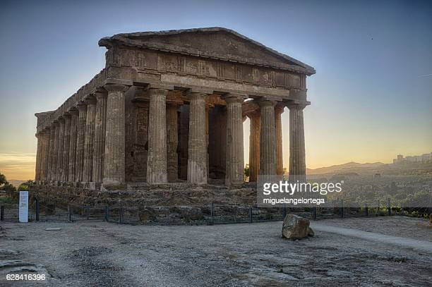 temple of the concorde - agrigento stock pictures, royalty-free photos & images