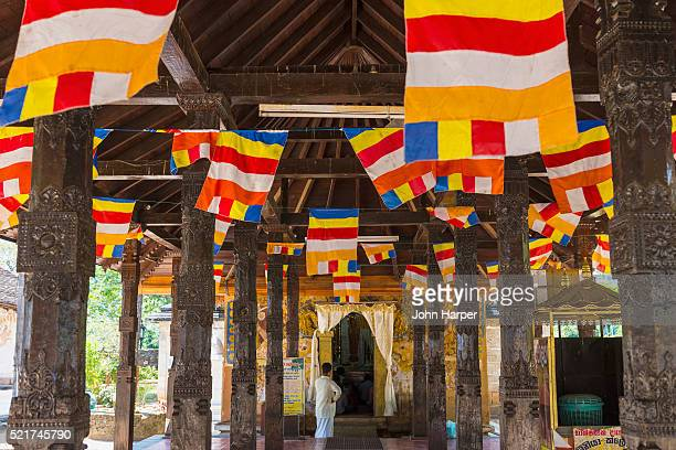 temple of the tooth, kandy, sri lanka - kandy kandy district sri lanka stock pictures, royalty-free photos & images