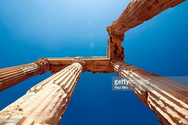 temple of trajan pergamon pergamum - ペルガモン ストックフォトと画像