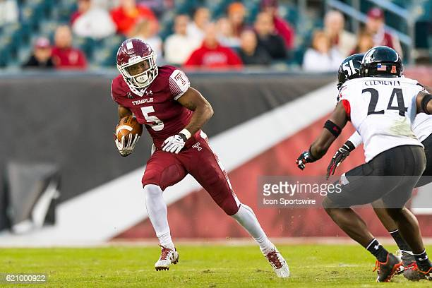 Temple Owls running back Jahad Thomas cuts to the outside during the game between the Cincinnati Bearcats and the Temple Owls on October 29 at...