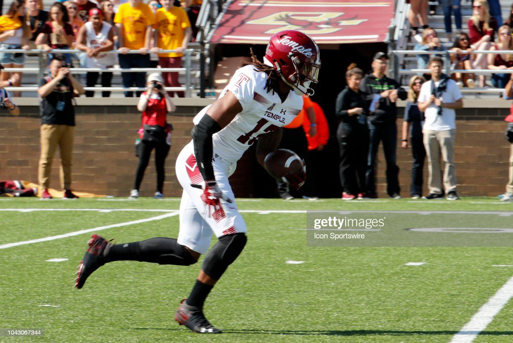 reputable site f4f45 c189d Temple University wide receiver Isaiah Wright returns a kick ...