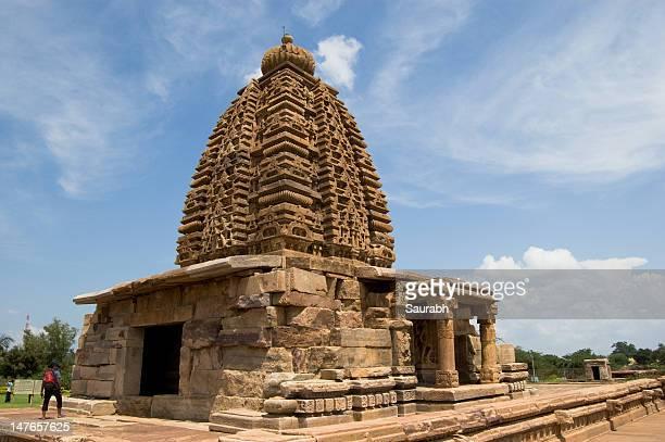 temples at pattadakal - karnataka stock pictures, royalty-free photos & images