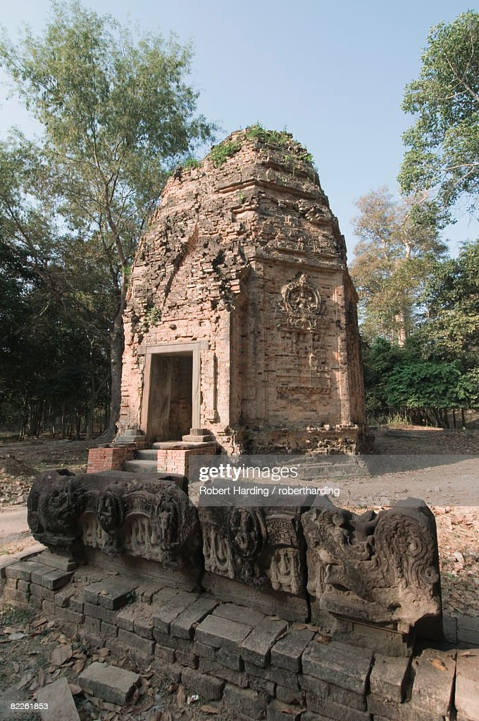 Temples in the ancient pre Angkor capital of Chenla, Cambodia, Indochina, Southeast Asia, Asia : Stock Photo