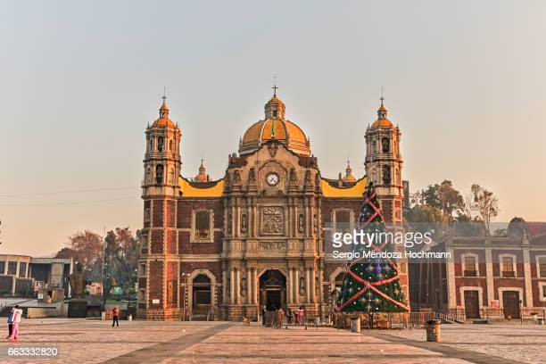 templo expiatorio a cristo rey - mexico city, mexico - basilica of our lady of guadalupe stock pictures, royalty-free photos & images