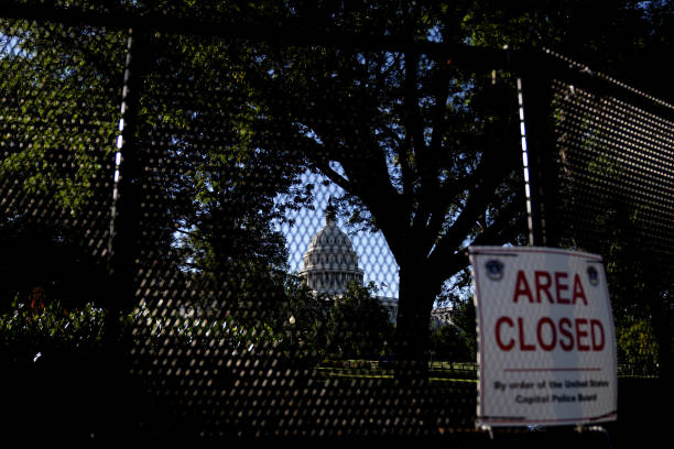 DC: White House Aides Leave Senate Talks Without Infrastructure Deal