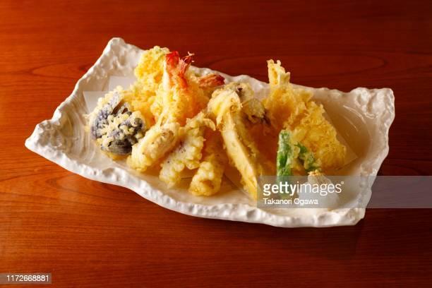 tempura japanese food seafood - 天ぷら ストックフォトと画像