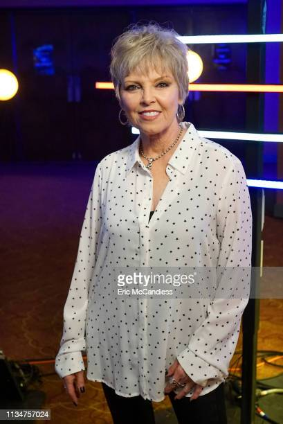 IDOL 210 Ten of the Top 20 finalists perform duets with allstar celebrity partners from The Wiltern in Los Angeles as the search for America's next...