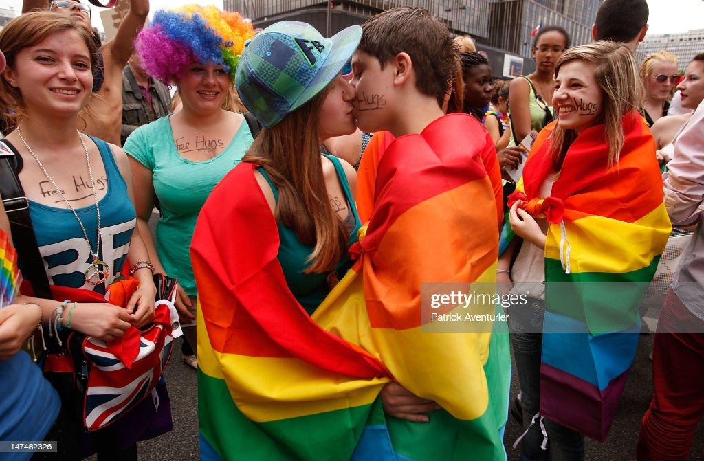 Gay bizzare