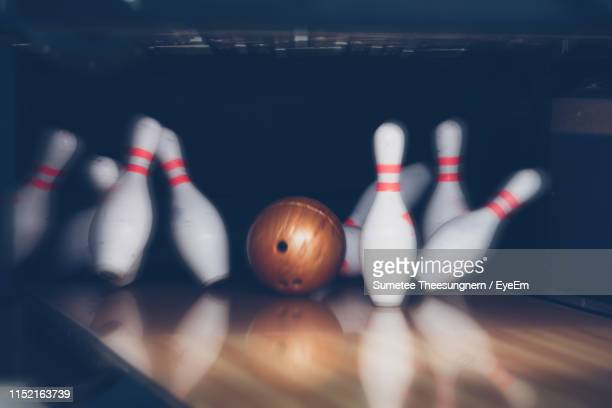 ten pin bowling at alley - bowling stock pictures, royalty-free photos & images
