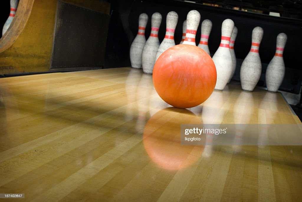 Ten Pin Bowling : Stock Photo