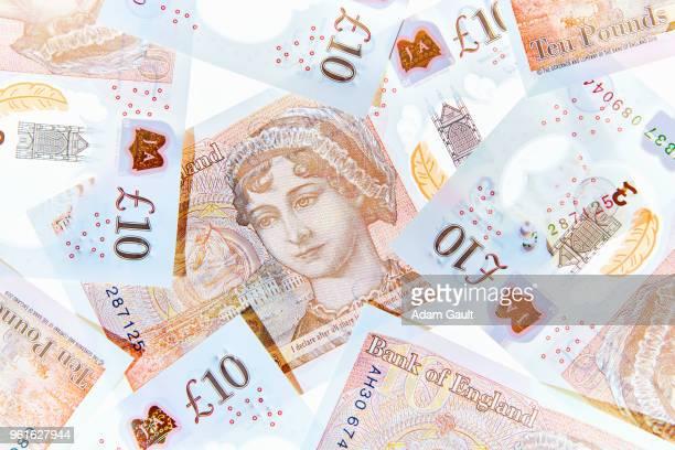uk ten pound notes - nota de dez pounds - fotografias e filmes do acervo
