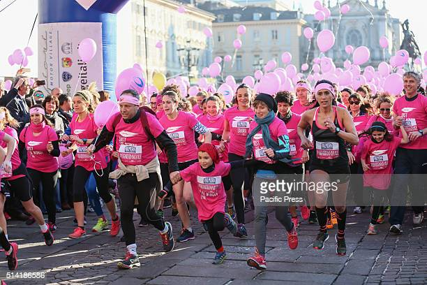 """Ten thousand have run to raise funds for cancer research, during the third edition of """"Just The Woman I Am"""" in defense of women's rights. So Turin's..."""