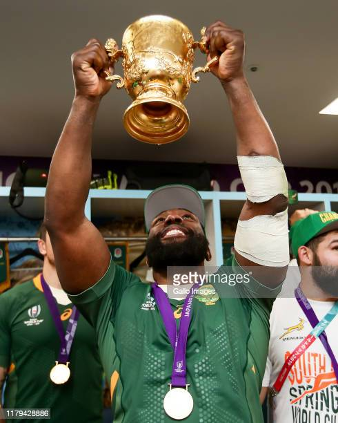 Tendai Mtawarira of South Africa with the Webb Ellis Trophy after winning the Rugby World Cup 2019 Final match between England and South Africa at...