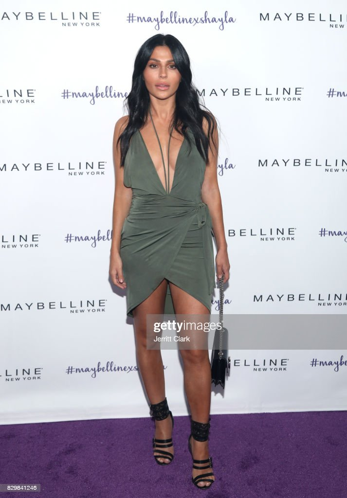 Teni Panosian attends Maybelline's Los Angeles Influencer Launch Event at 1OAK on August 10, 2017 in West Hollywood, California.