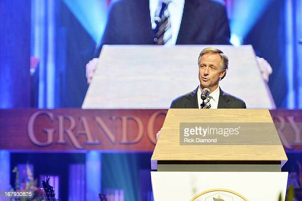 Tennessee governor Bill Haslam speaks at the funeral service for George Jones at The Grand Ole Opry on May 2 2013 in Nashville Tennessee Jones passed...