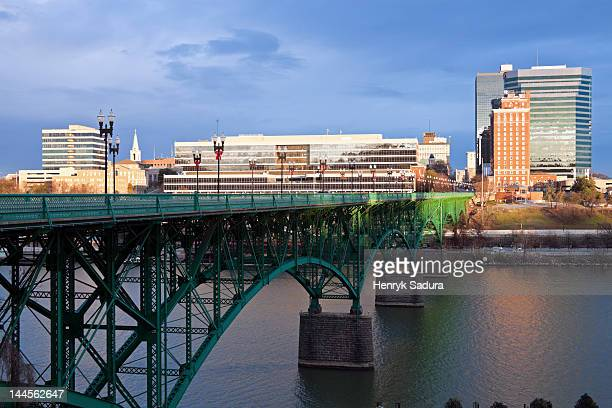 usa, tennessee, knoxville, skyline with bridge - knoxville tennessee stock pictures, royalty-free photos & images