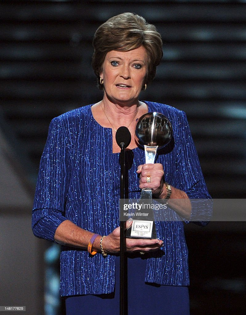 Tennessee Lady Vols head coach Pat Summitt accepts the Arthur Ashe Courage Award onstage during the 2012 ESPY Awards at Nokia Theatre L.A. Live on July 11, 2012 in Los Angeles, California.