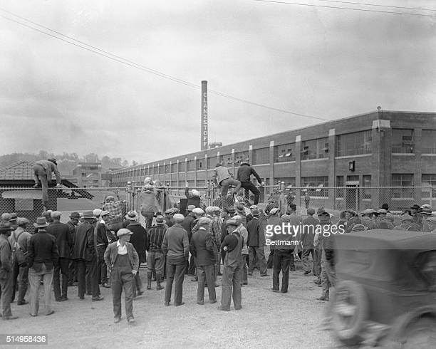 Tennessee mill workers in riot as they leave plants during general strike...The textile mills of the American Glanzstoff and American Bemberg...