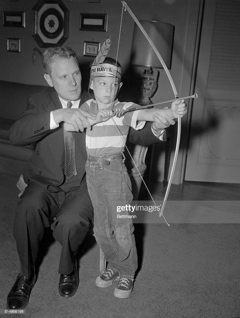 Tennessee Senator Albert Gore Sr And His Son Al Jr The Latter