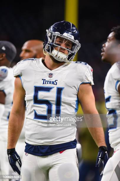 Tennessee Titans inside linebacker Will Compton warms up before the football game between the Tennessee Titans and Houston Texans on November 26,...