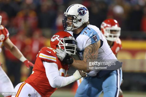 Tennessee Titans offensive tackle Taylor Lewan handles the rush from Kansas City Chiefs outside linebacker Tamba Hali in the third quarter of the AFC...