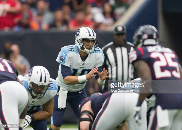 Tennessee Titans quarterback Matt Cassel signals for the snap during the NFL game between the Tennessee Titans and Houston Texans on October 1 2017...