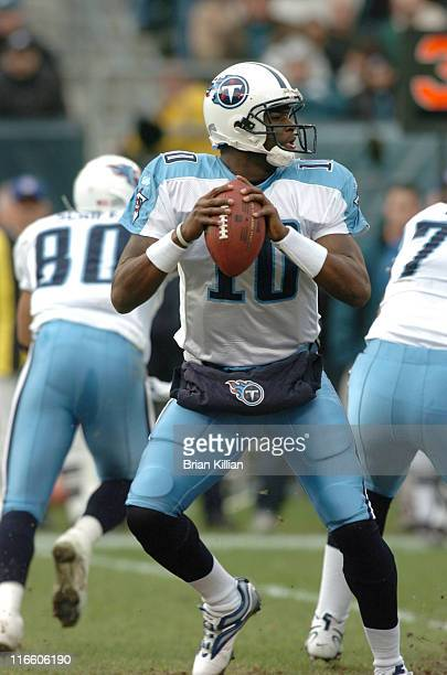 Tennessee Titans quarterback Vince Young drops back to pass against the Philadelphia Eagles during the game between the Tennessee Titans and the...
