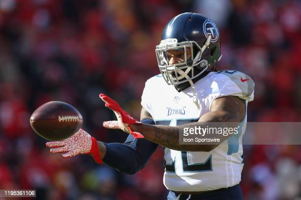 Tennessee Titans running back Derrick Henry catches a pass before the AFC Championship game between the Tennessee Titans and Kansas City Chiefs on...
