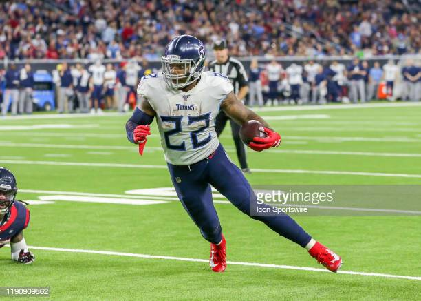 Tennessee Titans running back Derrick Henry runs toward the end zone to make a touchdown in the fourth quarter of the football game between the...
