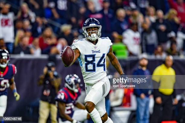 Tennessee Titans wide receiver Corey Davis runs in for a score during the football game between the Tennessee Titans and Houston Texans on November...