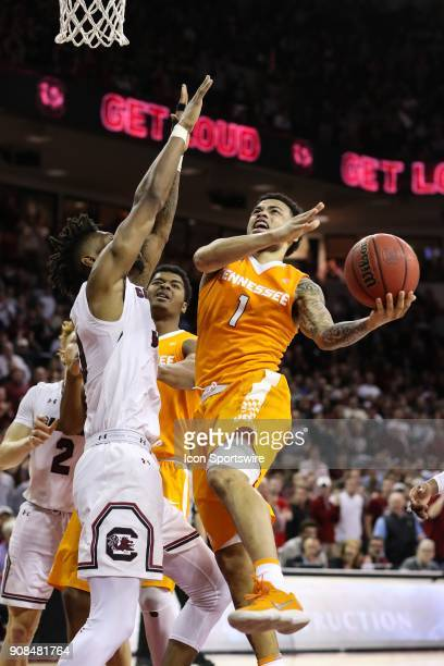 Tennessee Volunteers guard Lamonte Turner goes to the basket covered by South Carolina Gamecocks forward Chris Silva during the second half SEC...