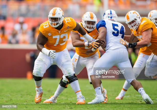 Tennessee Volunteers offensive lineman Trey Smith blocking during a game between the Indiana State Sycamores and Tennessee Volunteers on September 9...