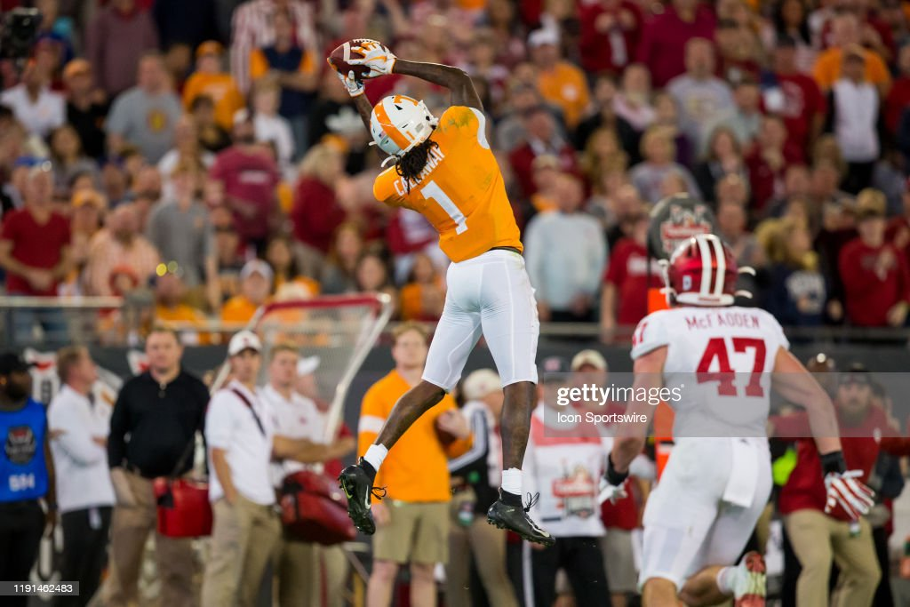 COLLEGE FOOTBALL: JAN 02 Taxslayer Gator Bowl - Indiana v Tennessee : News Photo