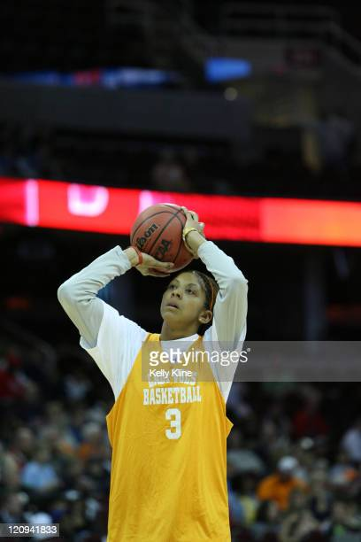 Tennessee's Candace Parker pratices in preparation for the NCAA Women's Final Four at the Quicken Loans Arena, Cleveland, Ohio, March 31, 2007.