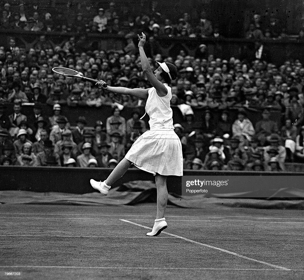 Tennis, 30th June 1932, Mrs, Helen Wills-Moody in action v Mary Heeley of Birmingham who she beat 6-2, 6-0, in the Wimbledon ladies semi-final