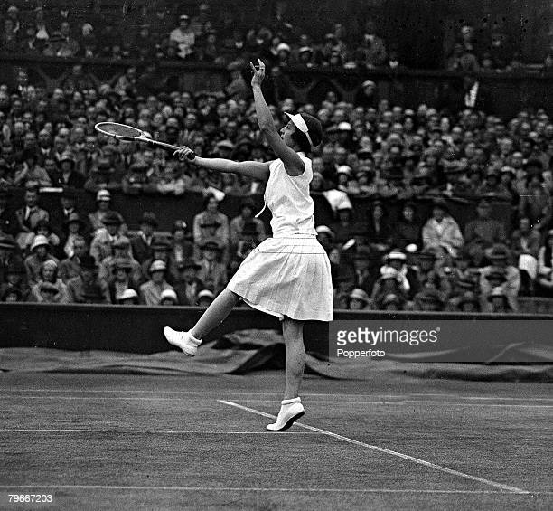 Tennis 30th June 1932 Mrs Helen WillsMoody in action v Mary Heeley of Birmingham who she beat 62 60 in the Wimbledon ladies semifinal
