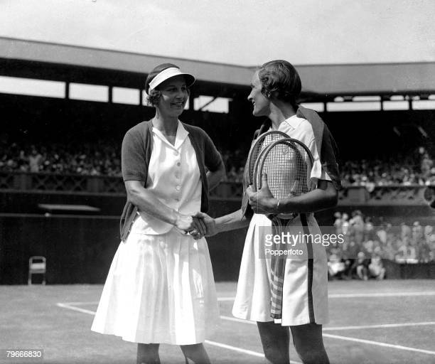 Tennis All England Lawn Tennis Championships Wimbledon Ladies Singles Final 6th July Mrs Helen WillsMoody of the USA being congratulated by fellow...