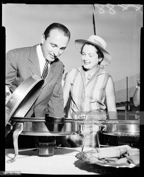 Tennis Club 28 June 1958 Mr and Mrs David ArcherMr and Mrs Gordon LloydJonesMr and Mrs Roger W CraddockMrs Harold Mosby Caption slip reads...